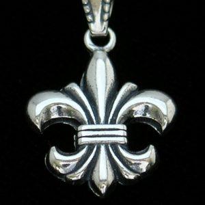MA006-medium-classic-fdl-pendant