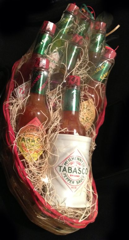 TABASCO® 8 Bottle Chili Pepper Basket